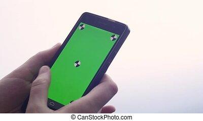 touchscreen, smartphone, business, gros plan, texte, faire, moderne, chroma, doigts, gestes, téléphone, toucher, femme, key-, dactylographie, swiping, utilisation, défilement, écran, intelligent