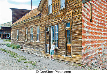 Tourist at Bodie ghost town hotel