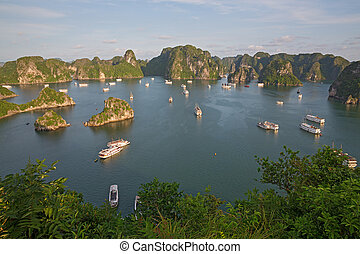 Tourist Junks in Halong Bay, Vietnam - Tourist Junks in...