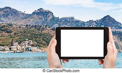 tourist photographs Giardini-Naxos and Taormina - travel...