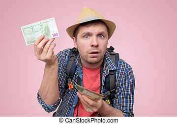 tourist, prüfung, hält, ihm, merkzettel, hut, bank, euro