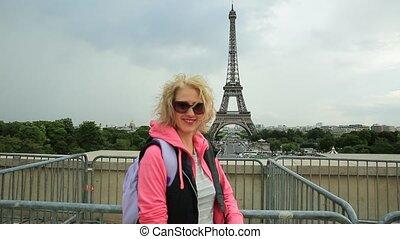 Tourist woman in Paris