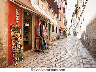 touriste, rue étroite, à, magasins