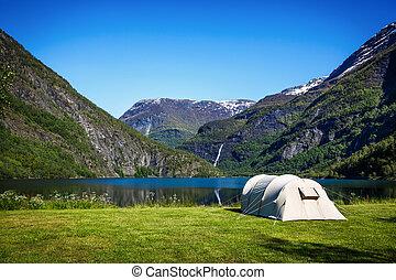 touriste, tente, sur, les, rivage, de, les, lake.