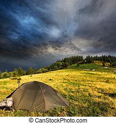 touristique, nuages, orage, tente