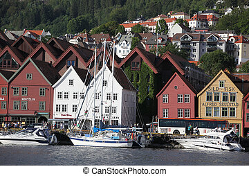 Tourists and locals in BERGEN