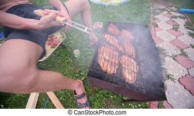 tourner, chiche-kebab, braise, grille, fumée, smoldering, homme