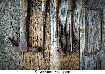 tournevis, main, rustique, bois, scie, fond, marteau