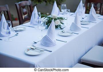 tovaglie, xx, festively, tavola, piastre, bianco, occhiali
