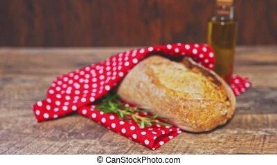 towel., pain, cuit, emballé, fraîchement, rouges