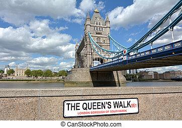Tower Bridge in London - England UK - The Tower Bridge ...