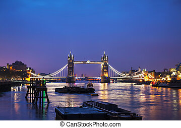 Tower bridge in London, Great Britain in the night