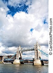 Tower Bridge LONDON, UNITED KINGDOM