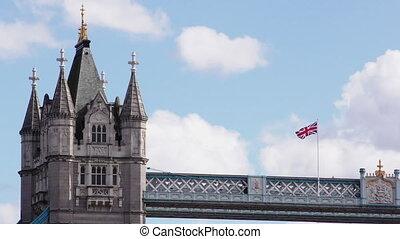 Tower Bridge, Pan across the spires