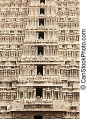 Tower (gopura) of Arunachaleswar Temple. Tiruvannamalai,...