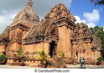 Towers - Brick cham towers in Nha Tranf, Vietnam