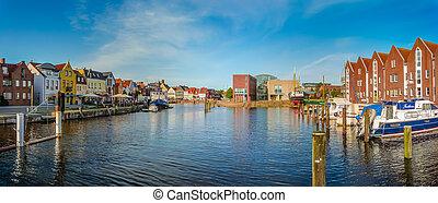 Town of Husum, Nordfriesland, Schleswig-Holstein, Germany -...