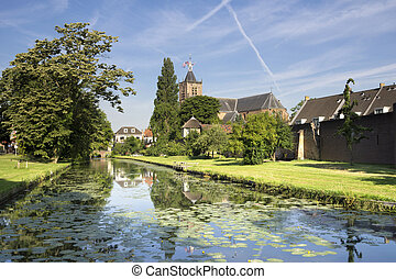 Town wall and moat Vianen - The town wall and moat from the ...