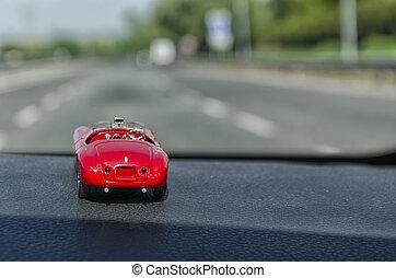 Toy model on the motorway