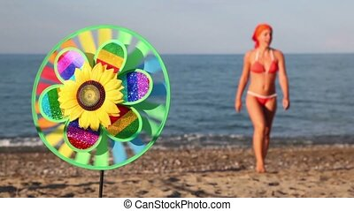 Toy with sunflower in center - Multicolored toy with...