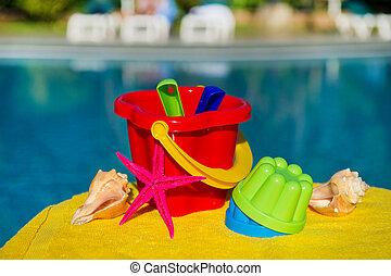 toys, nära, badbassäng