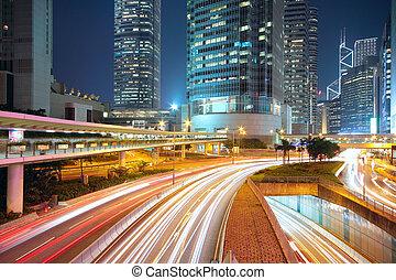 tráfego, noite, centro cidade, área