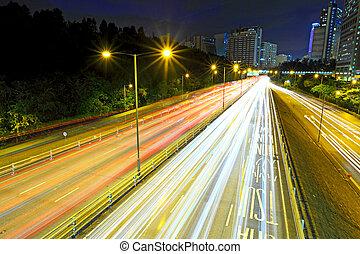 tráfego pesado, rodovia