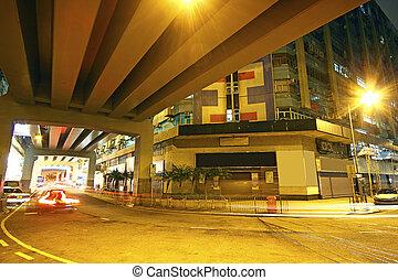 tráfico, céntrico, área, por la noche, hongkong