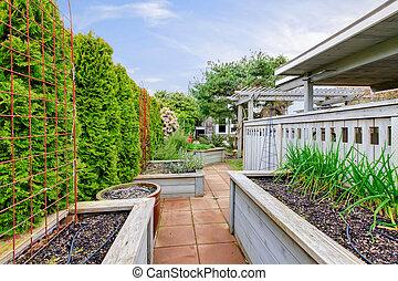 trädgård, structures., fjäder, blomsterbädd, ved, bakgård