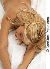 träumende, blond