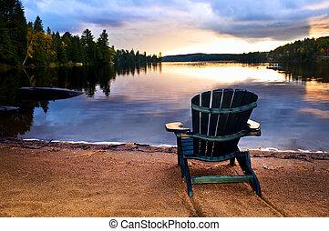 træagtig stol, hos, solnedgang strand
