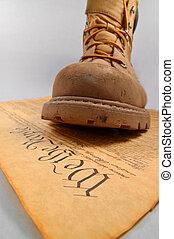 træde på, den, forfatning
