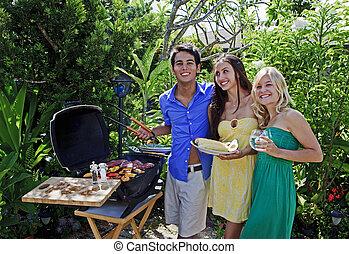 três amigos, ter um churrasco, almoço, em, seu, tropicais, jardim