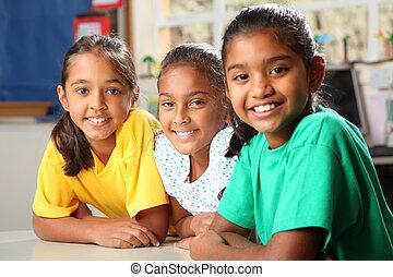 três, jovem, meninas escola, classe