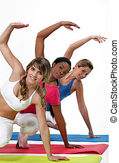três mulheres, em, classe ginásio
