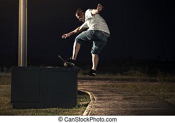 trükk, éjszaka, skateboarder, frontside, boardslide