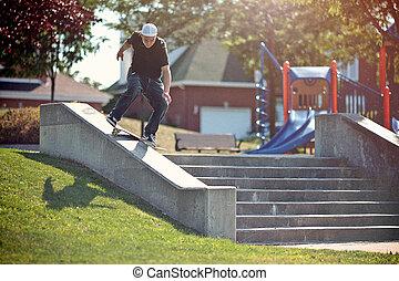 trükk, lipslide, skateboarder, liget, frontside