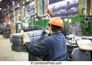 trabajador fábrica, transportar, carga