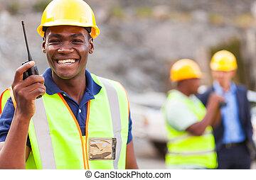 trabajador, mina, norteamericano, talkie, walkie, afro