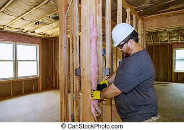 trabajador, paredes, aislar, guantes, primer plano, marco de madera, personal, lana, futuro, barrier., frío, aislamiento, utilizar, manos, mineral