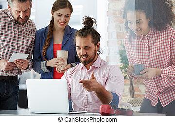 trabajadores, agencia, publicidad