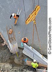 trabajadores, concreto, construcción, lugar, precast, guías, estructural