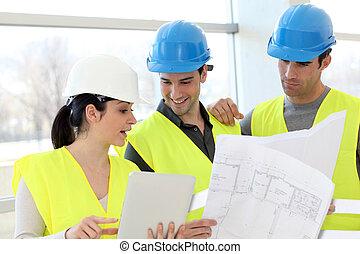 trabajadores construcción, el mirar, plan de edificio