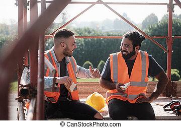 trabajadores, sitio, interrupción, almuerzo, construcción, durante, feliz