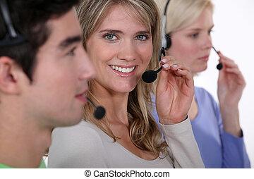 trabajadores, tres, central telefónica