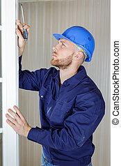 trabajo, vertical, vista ventana, ajustador