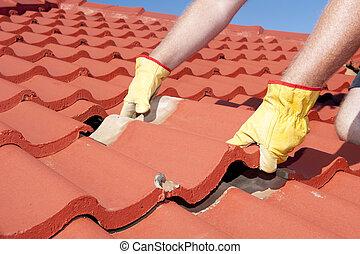 trabalhador construção, azulejo, telhado, reparar