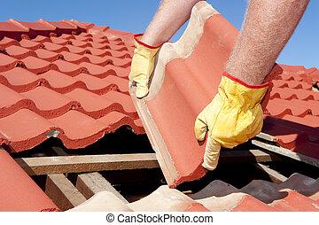 trabalhador construção, azulejo, telhado, reparos