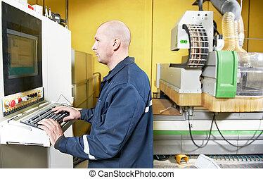 trabalhador, em, mobília, manufatura, oficina