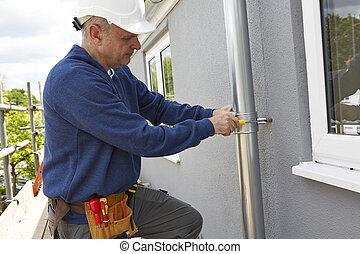 trabalhador, substituindo, guttering, ligado, exterior, de,...